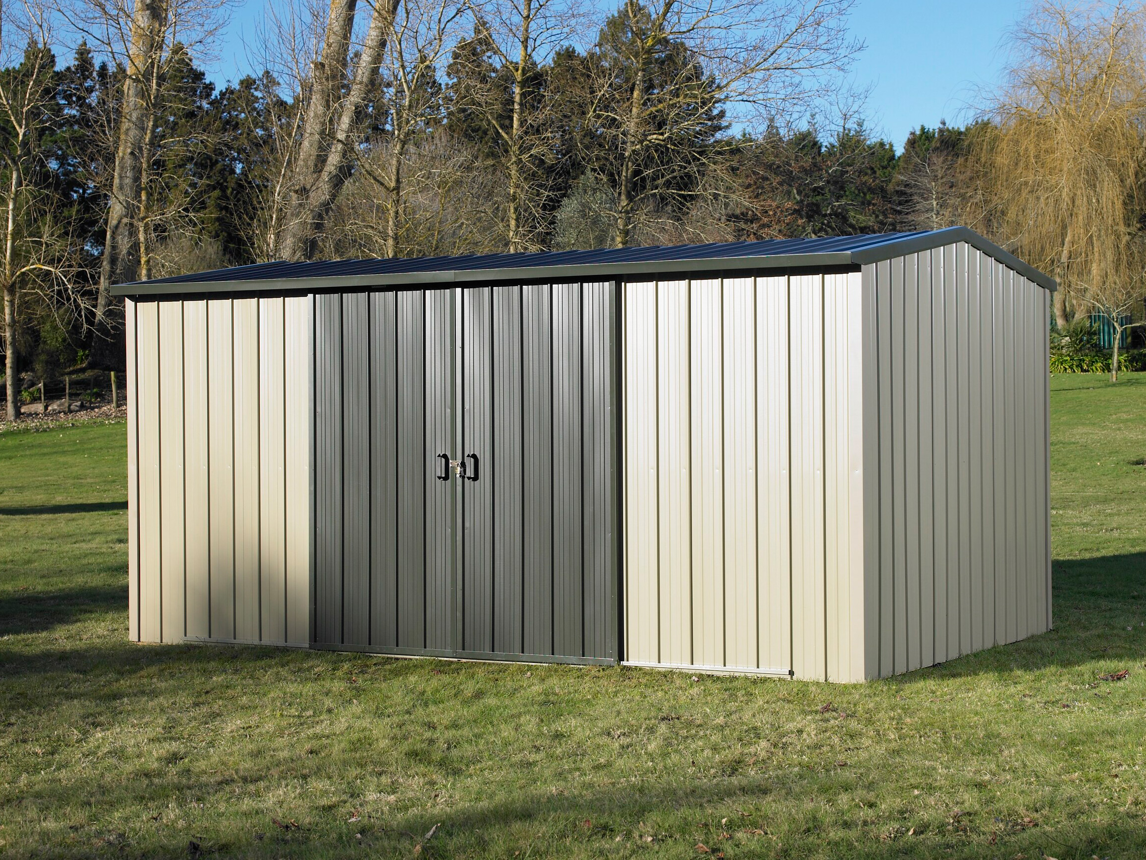 Duratuf Kiwi MK4A Garden Shed Doors Closed